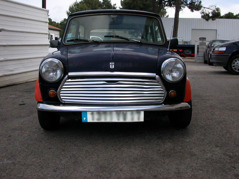 restauration-automobile-peinture-carrosserie-garage-bassin-arcachon-mini-austin-8-1