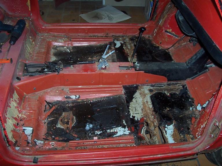 restauration-fiat-voiture-ancienne-10