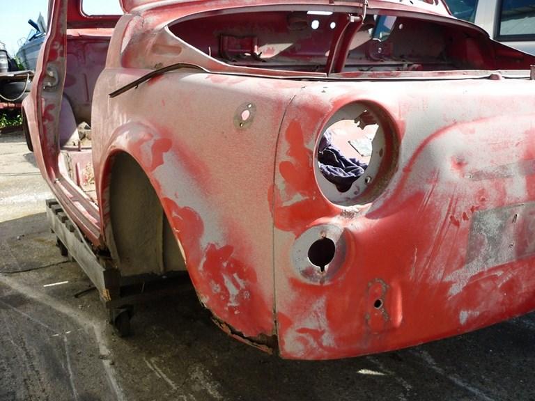 restauration-fiat-voiture-ancienne-18