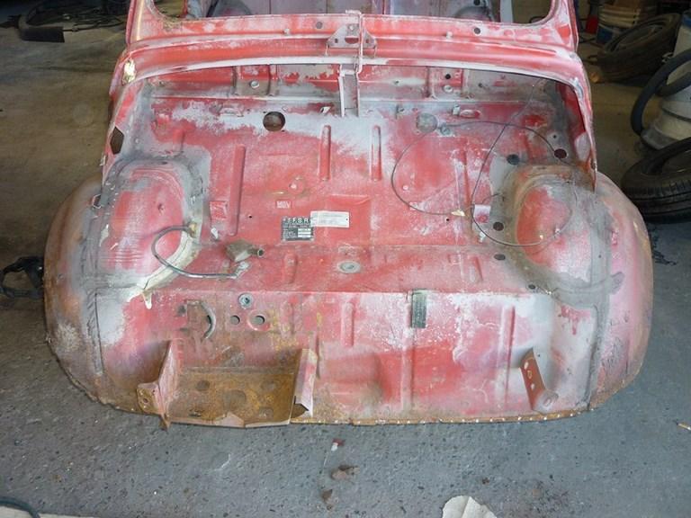 restauration-fiat-voiture-ancienne-31